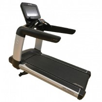 Life Fitness 95T Elevation Series Treadmill Discover SE